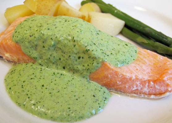 Salmon-in-watercress-sauce3
