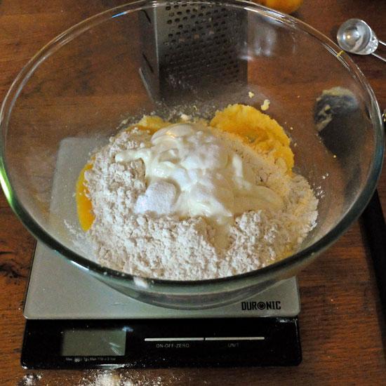 Lemon-Curd-Cupcakes-Prep2
