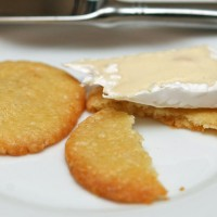 Cheese-crackers2