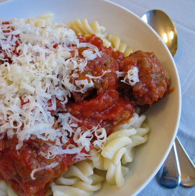 Meatballs-and-pasta