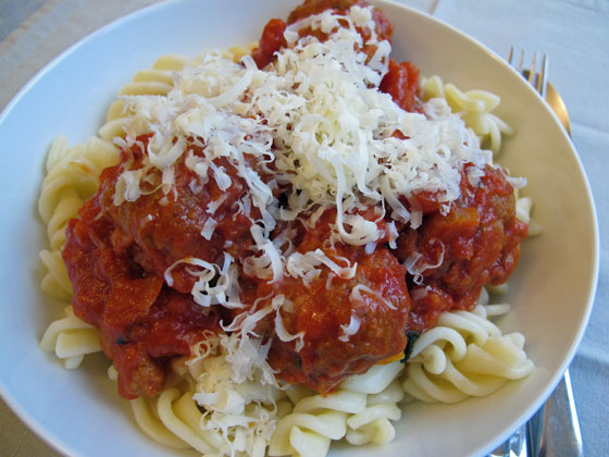 Meatballs-and-pasta2